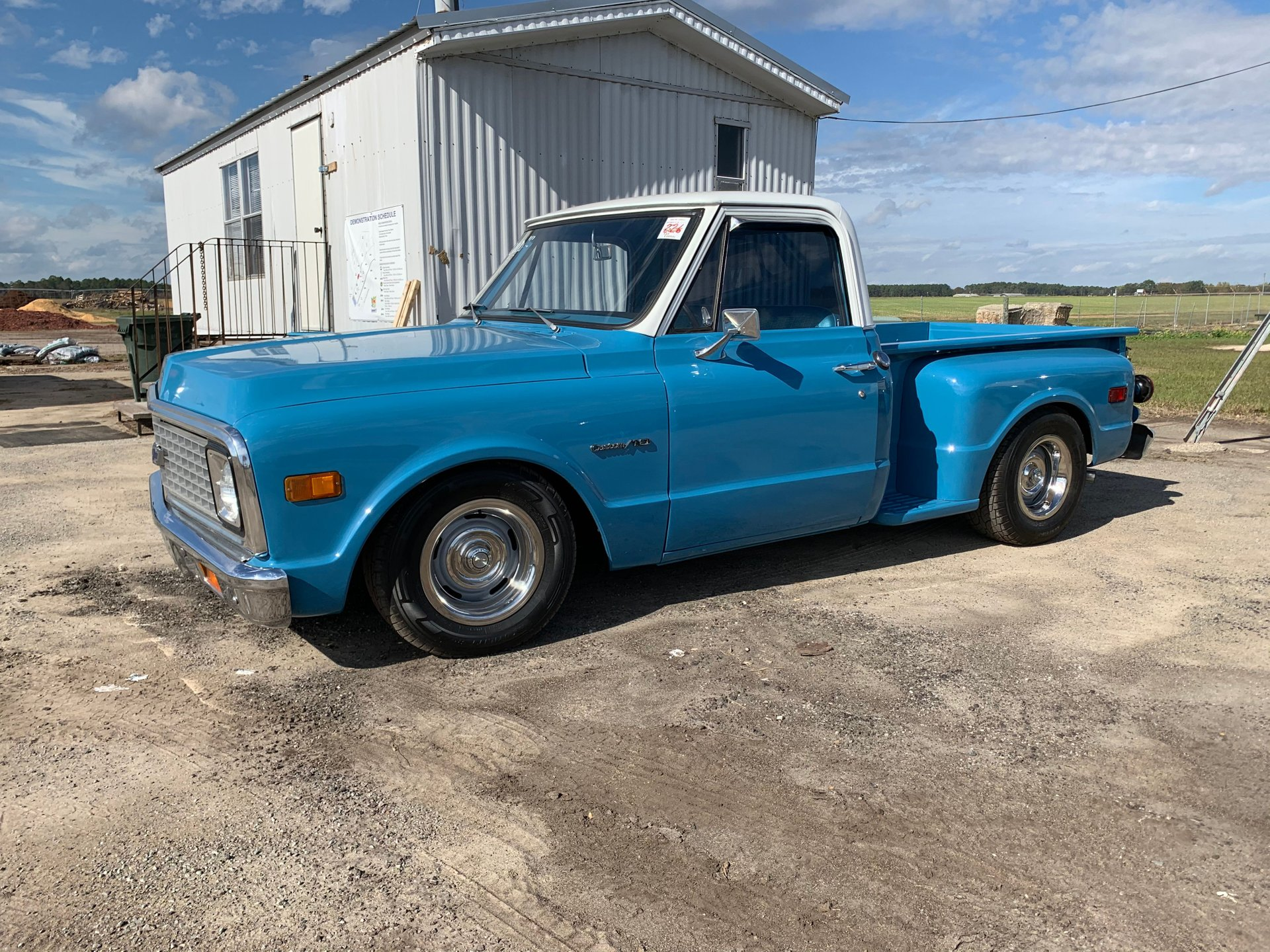 1971 chevrolet c10 stepside pickup