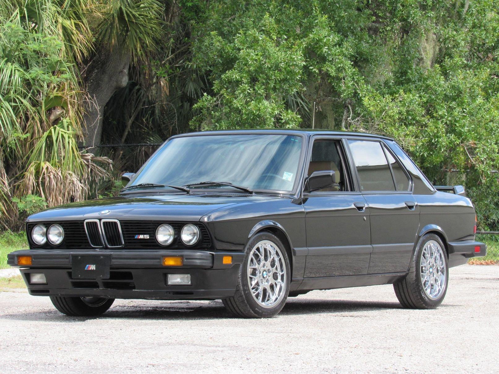 1988 bmw m5 sedan