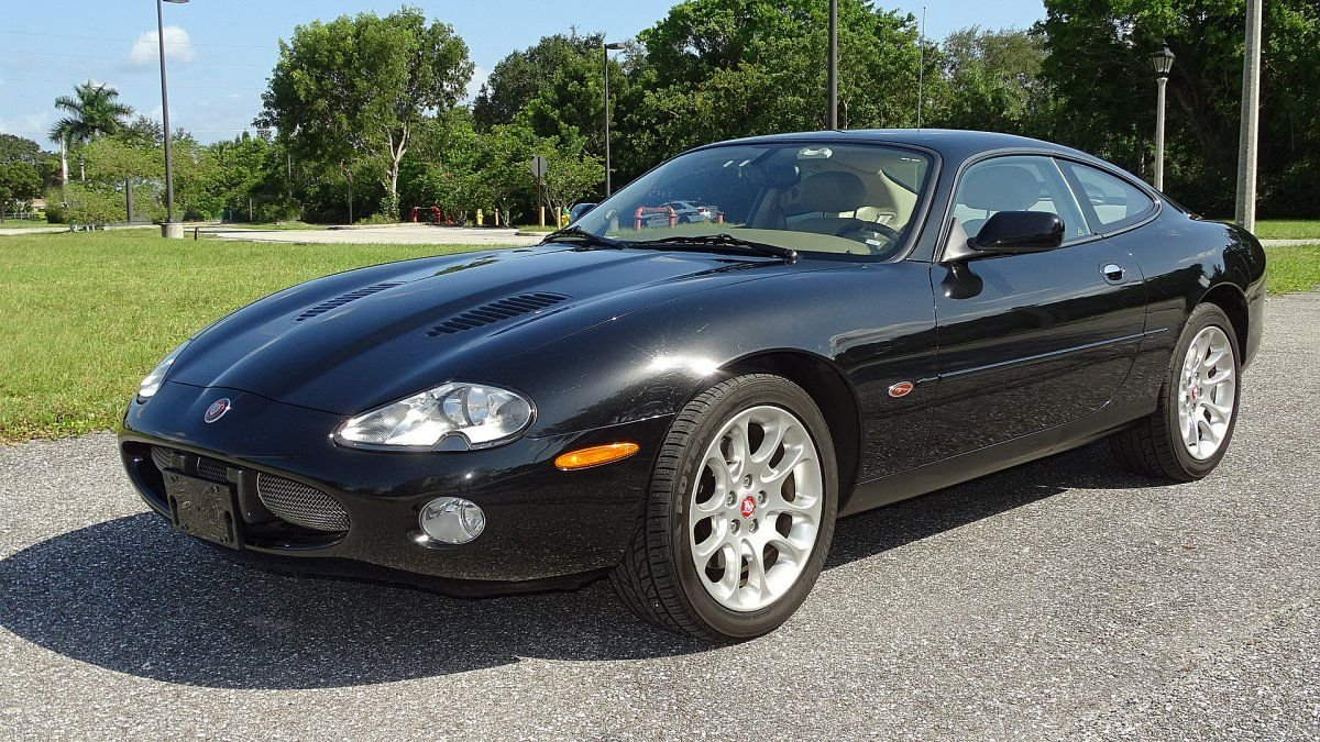 2002 jaguar xkr supercharged coupe