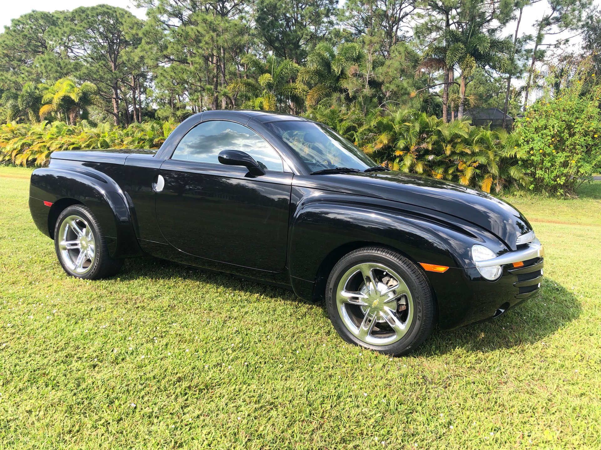 2005 chevrolet ssr pickup roadster
