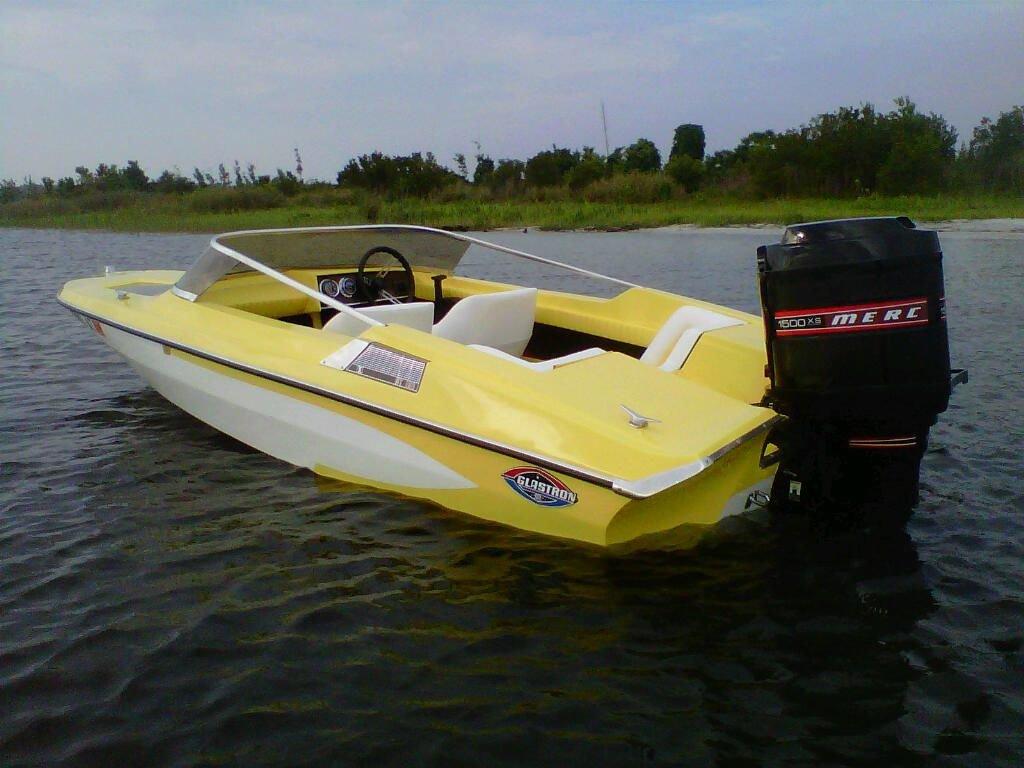 1972 glastron gt motor boat