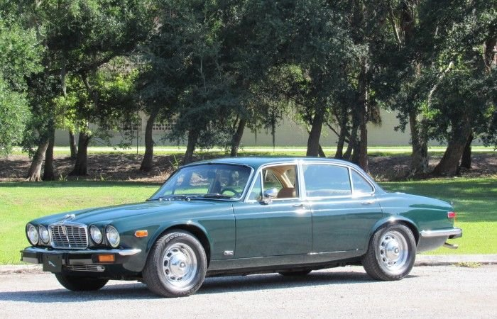 1976 jaguar xj12l sedan