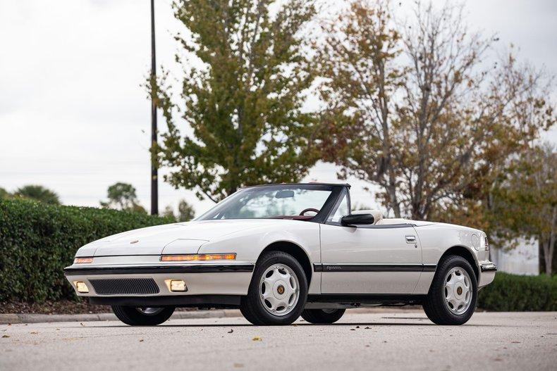 1990 Buick Reatta Select 60