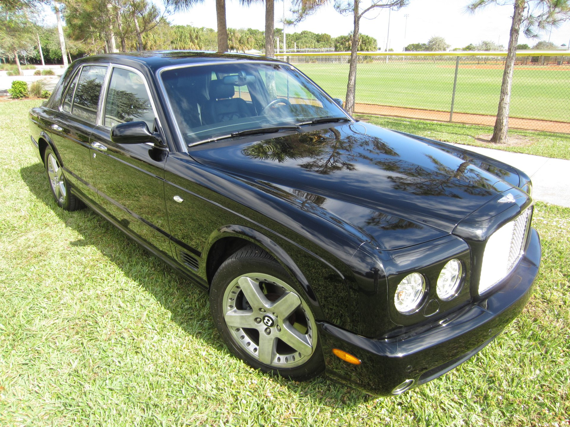 2005 bentley arnage t sedan