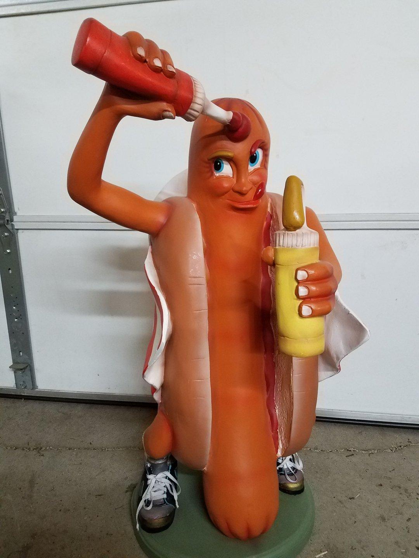 Hot dog statue