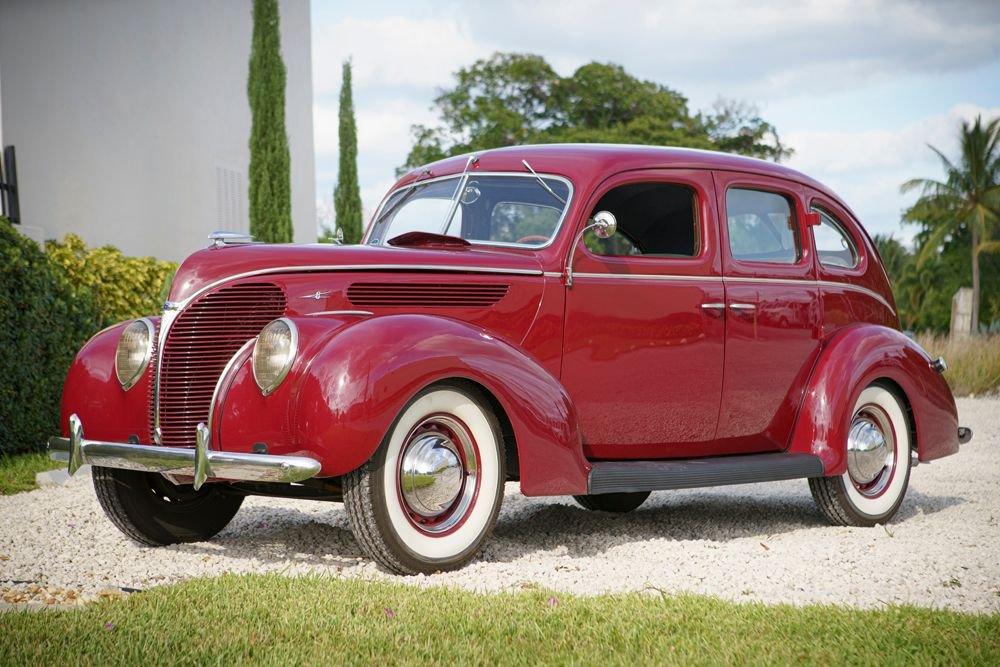 1938 ford deluxe fordor sedan