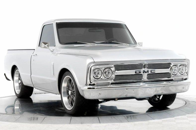 1969 GMC C10 Restomod