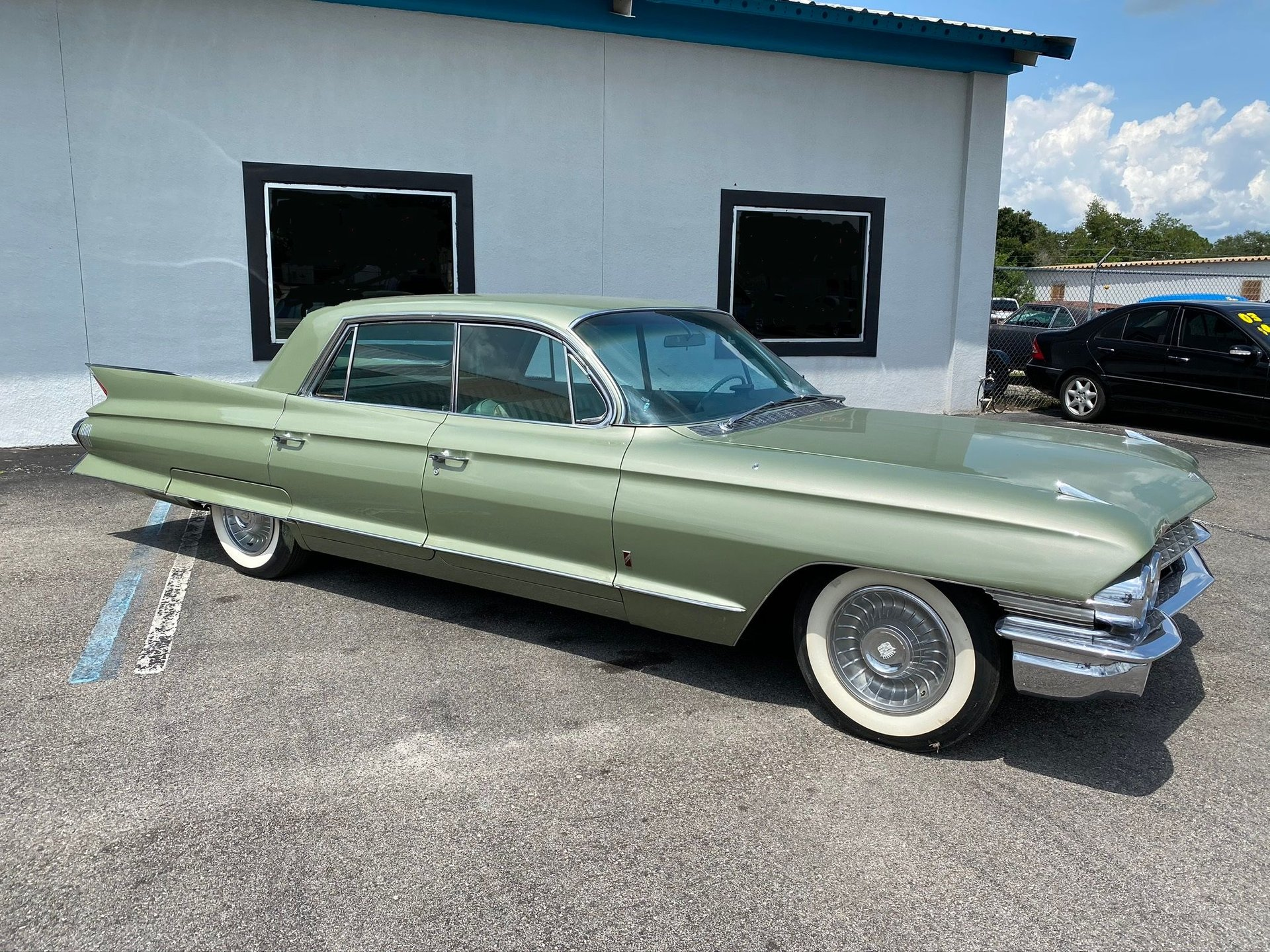 1961 cadillac fleetwood four door hardtop