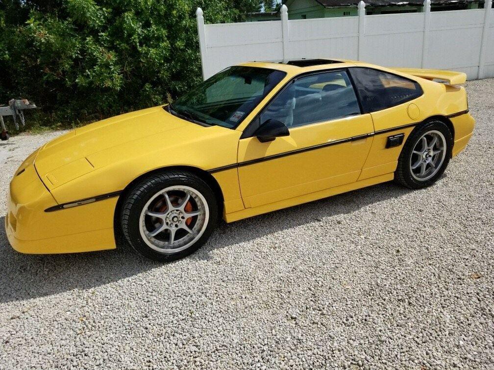 1988 pontiac fiero gt coupe