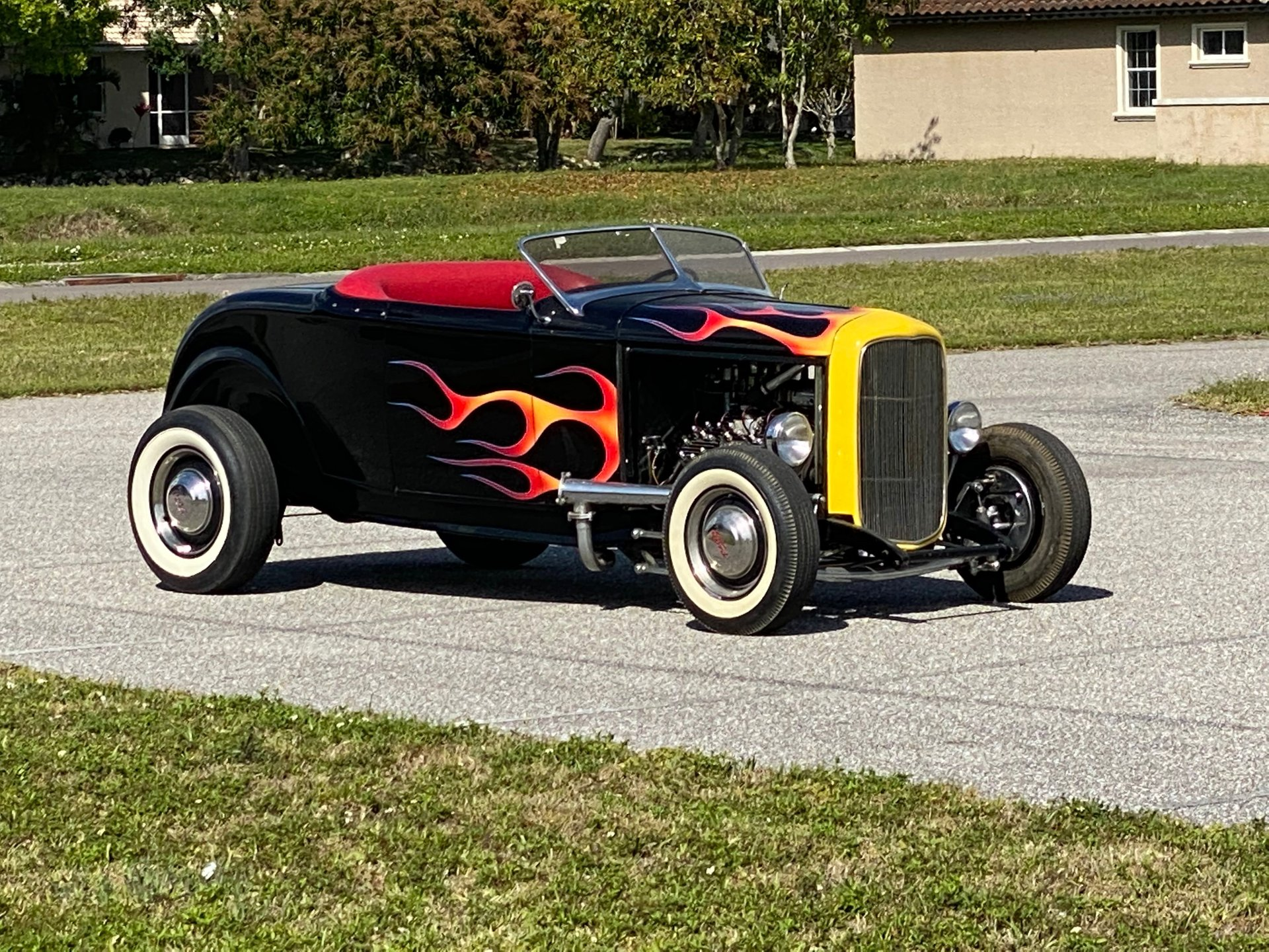 1932 ford custom roadster