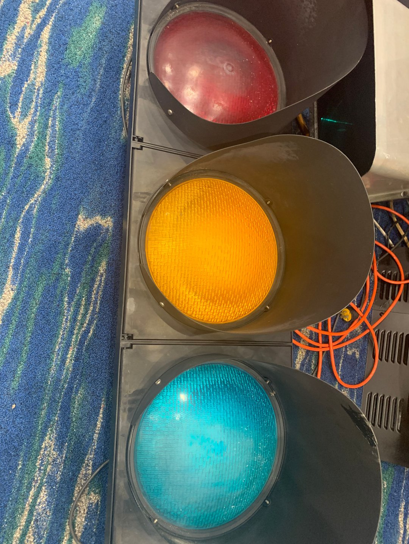 Cluster traffic light