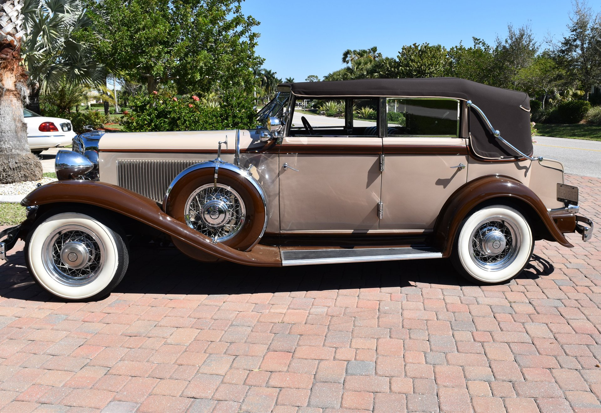 1932 chrysler cp 8 convertible sedan