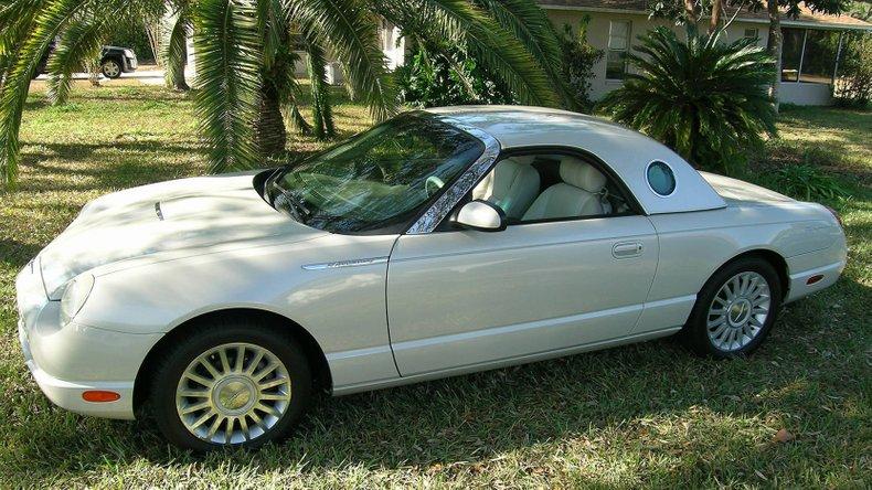 2005 Ford Thunderbird Anniversary Edition