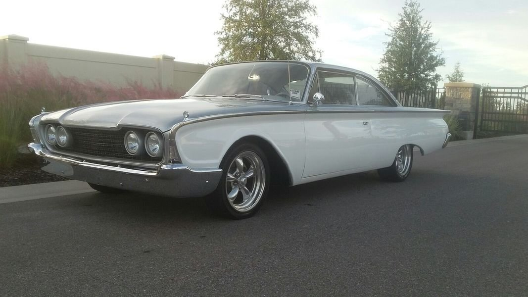 1960 ford starliner fastback