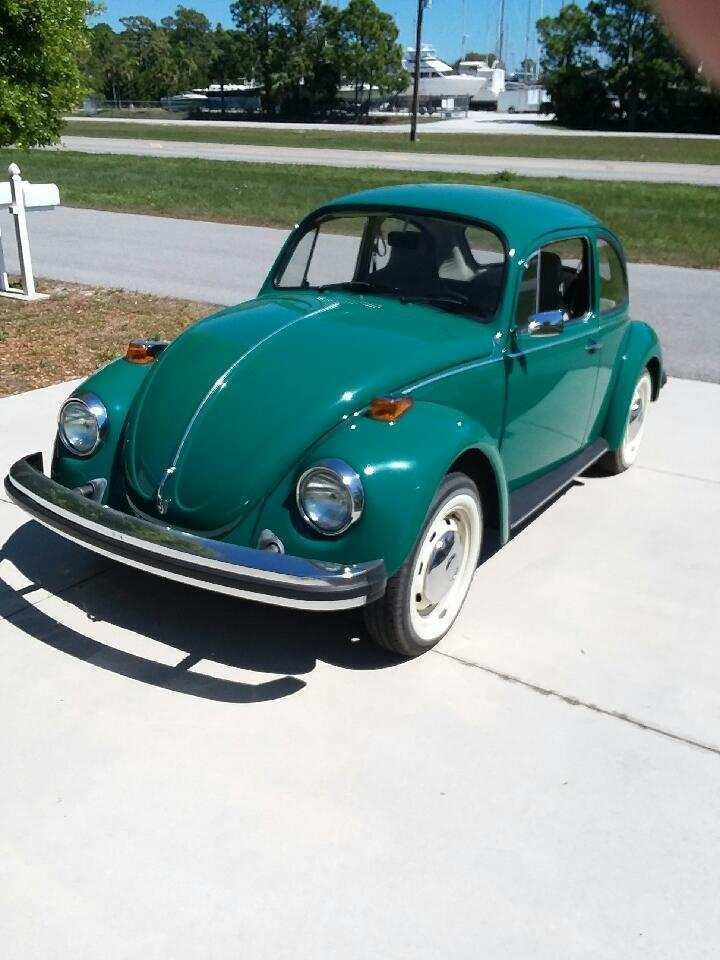 1974 volkswagen beetle sedan