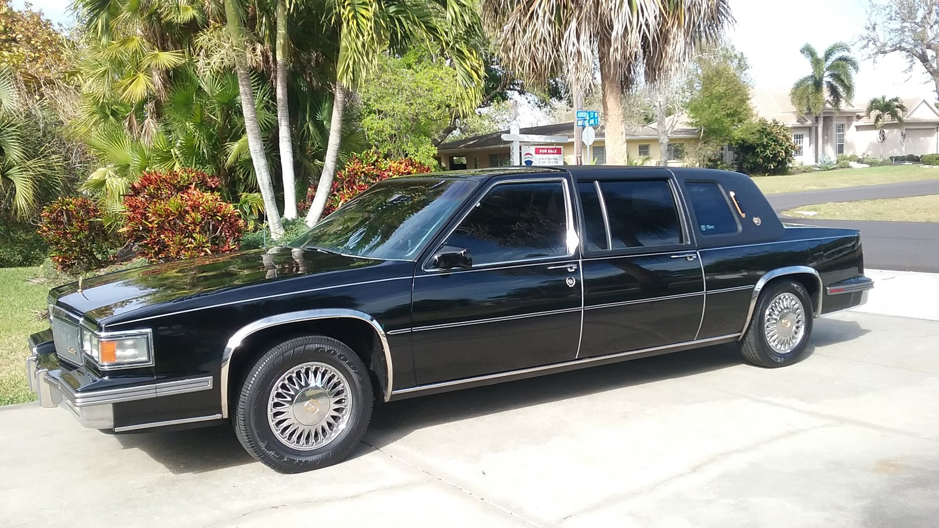 1986 cadillac fleetwood 75 limousine