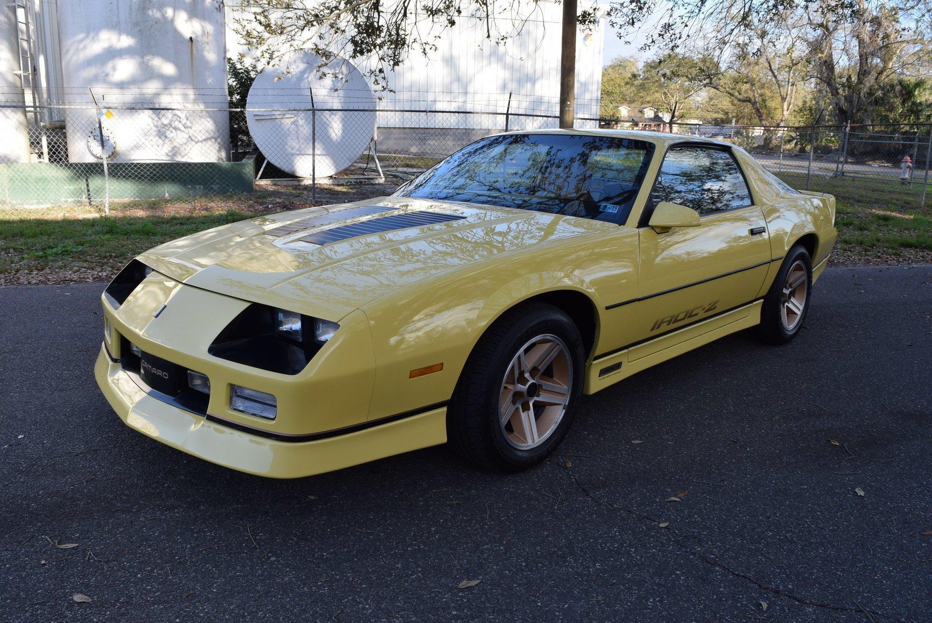 1985 chevrolet camaro iroc z28 coupe