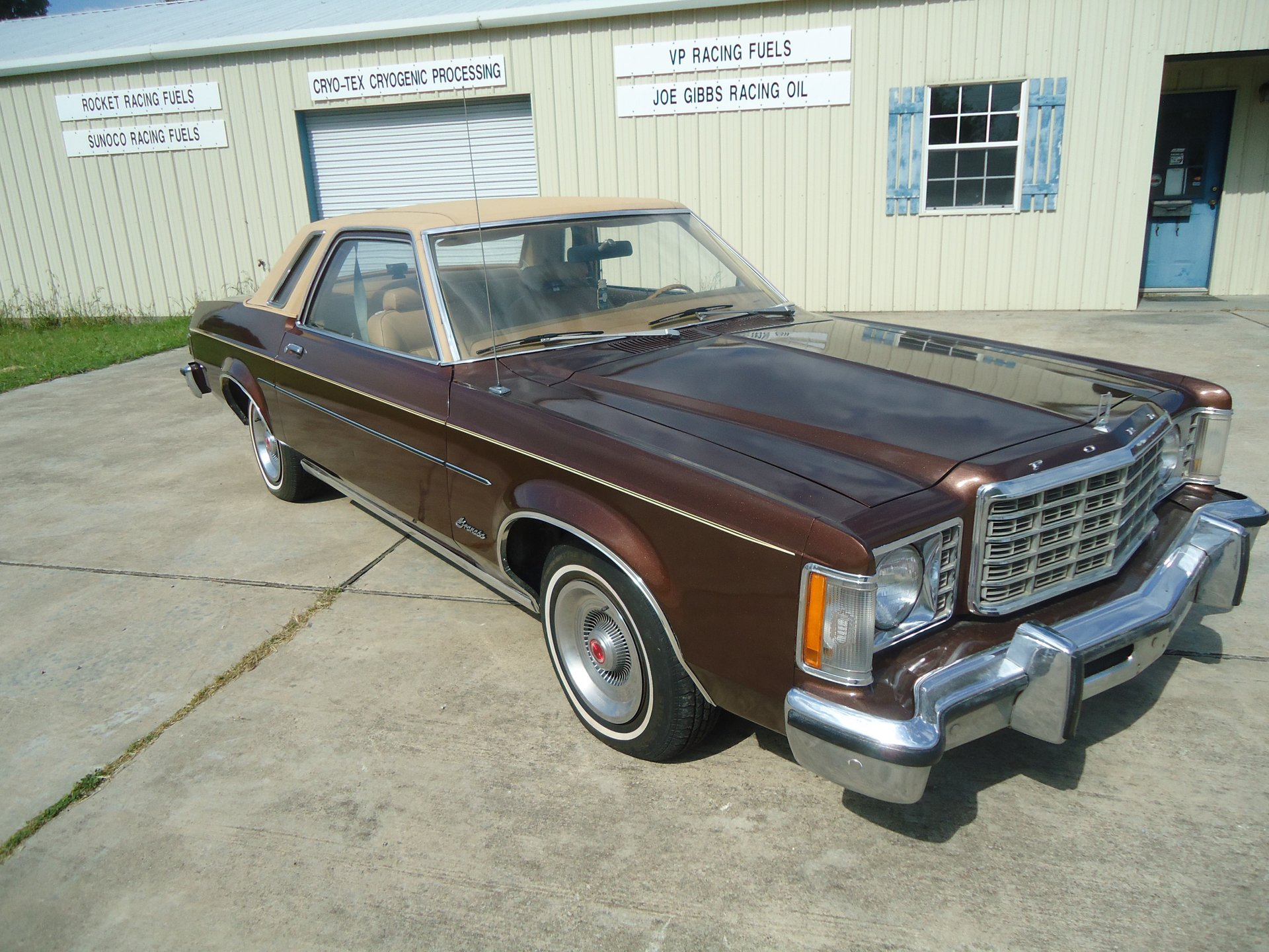 1975 ford granada 2 door coupe
