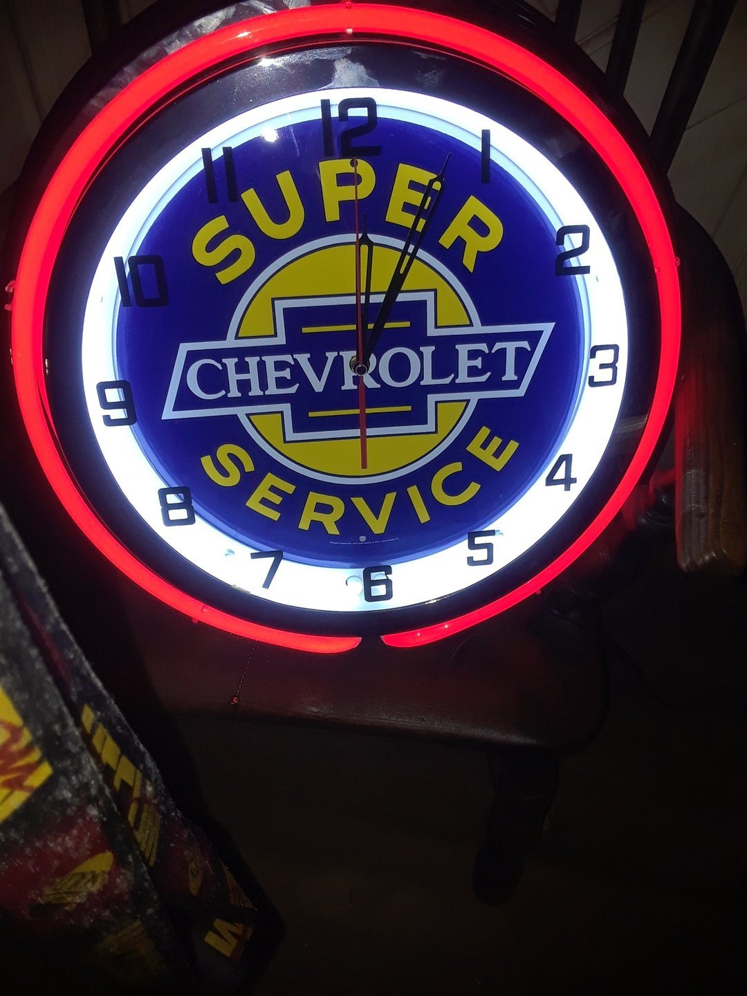 Chevrolet super service neon clock