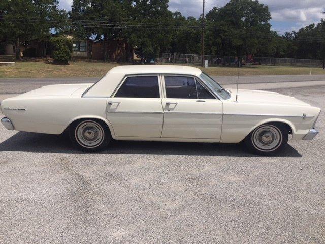 1966 ford custom 500 sedan