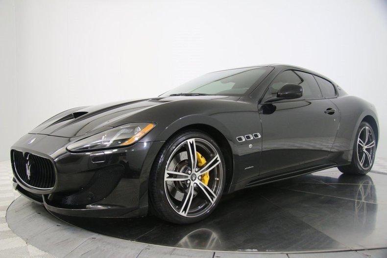 2015 Maserati Gran Turismo