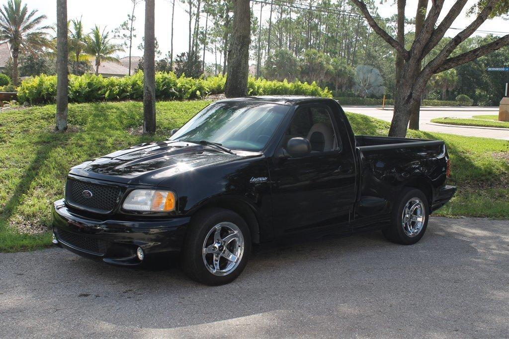 1999 ford lightning pickup