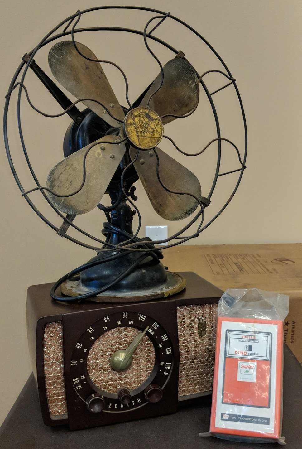1919 fan and 1931 radio