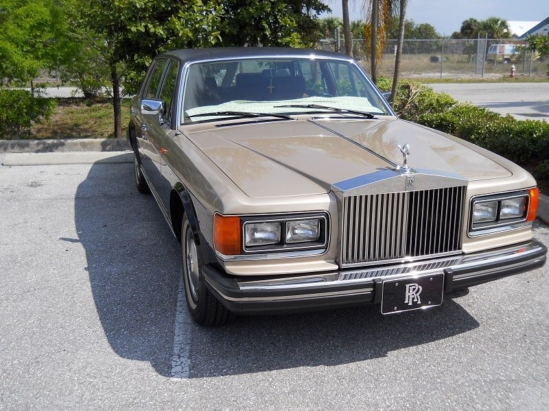 1984 rolls royce silver spirit lwb saloon