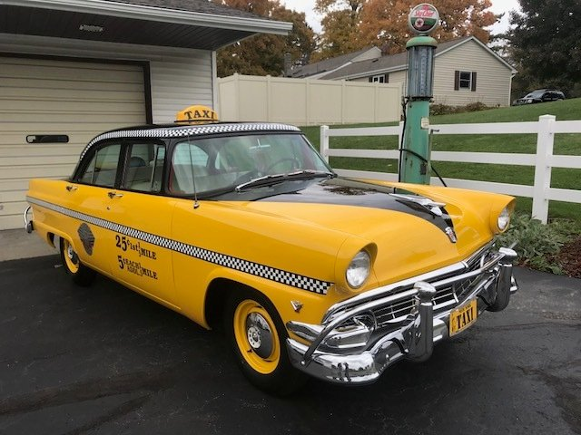 1956 ford mainline taxi sedan