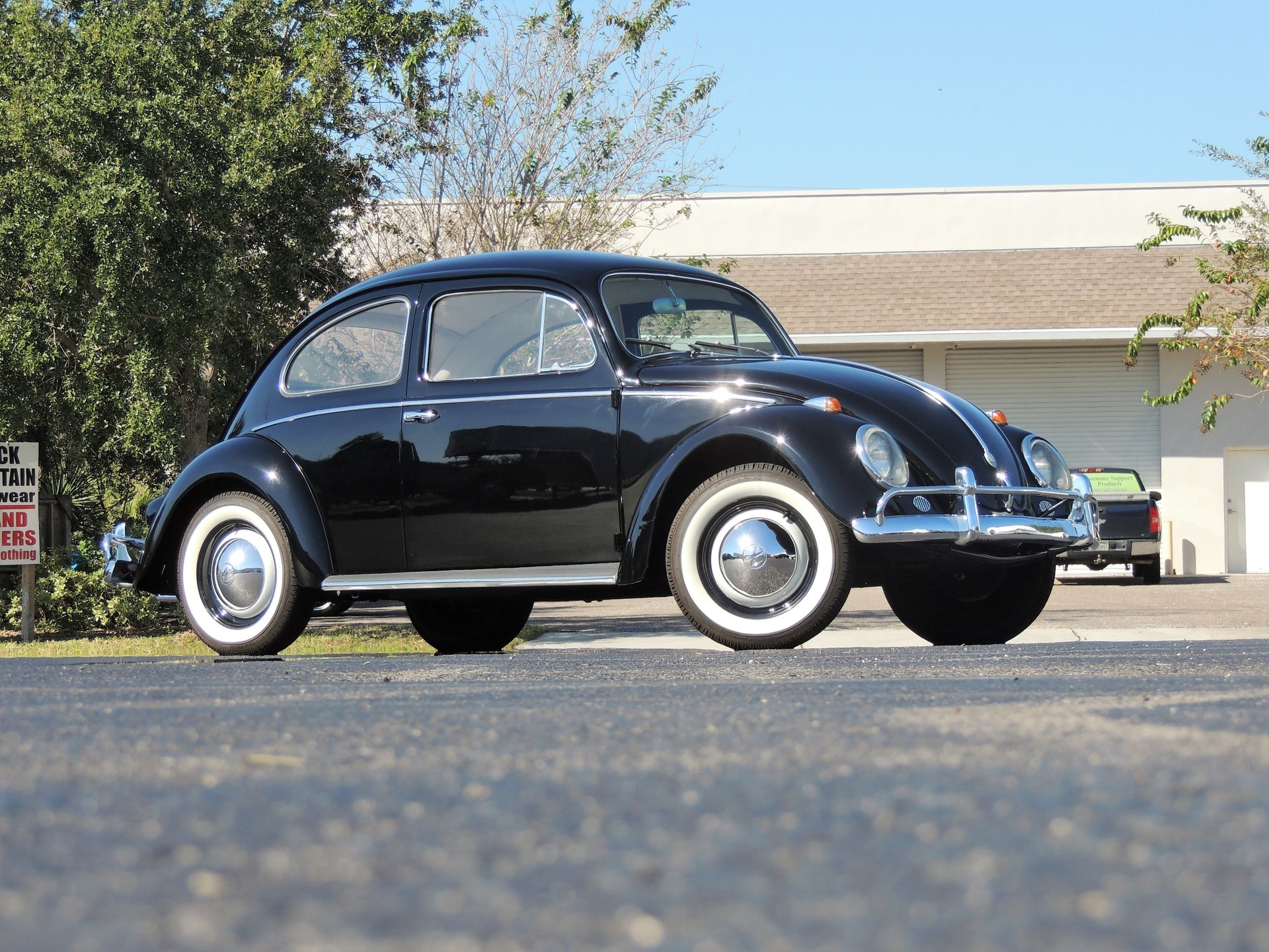 1958 volkswagen beetle sedan