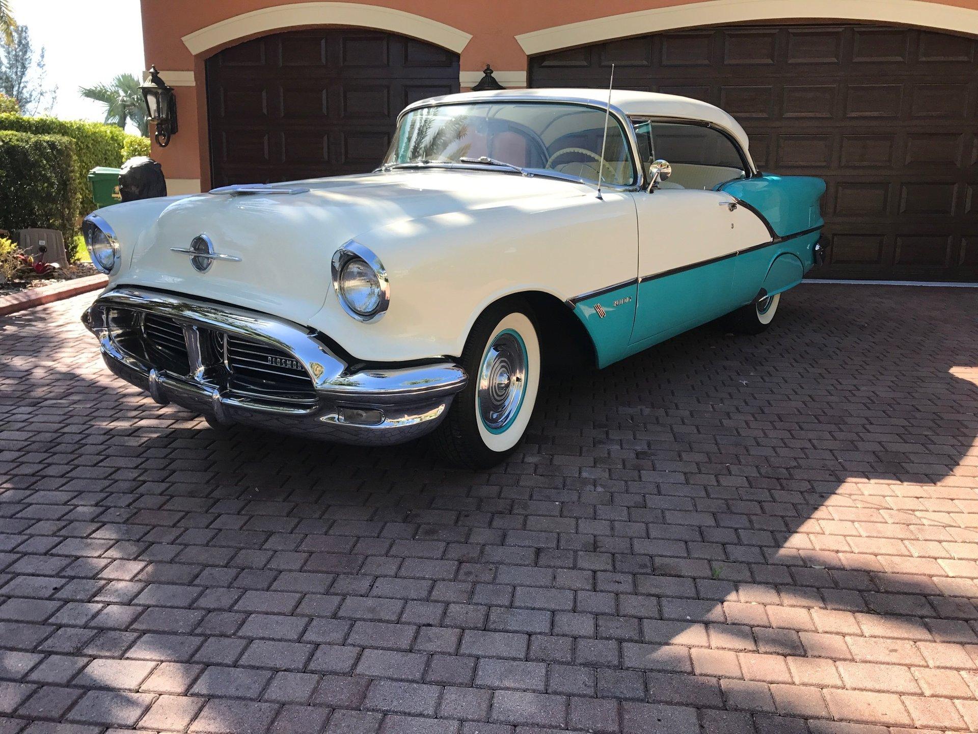 1956 oldsmobile 88 hardtop