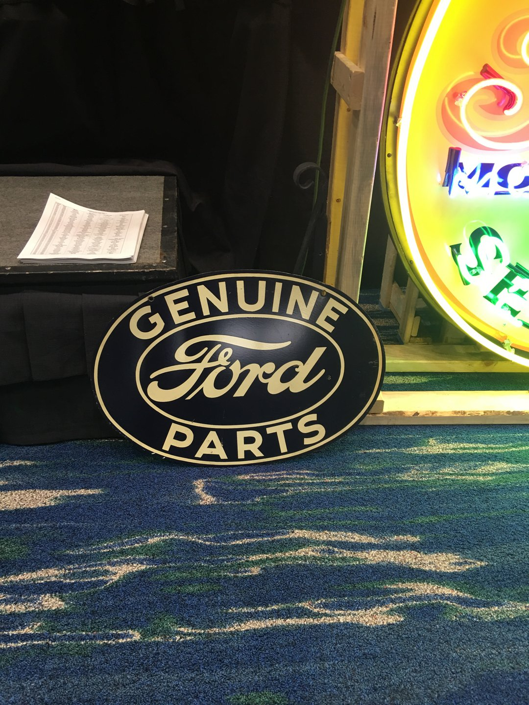 Hanging ford oval double sided metal sign