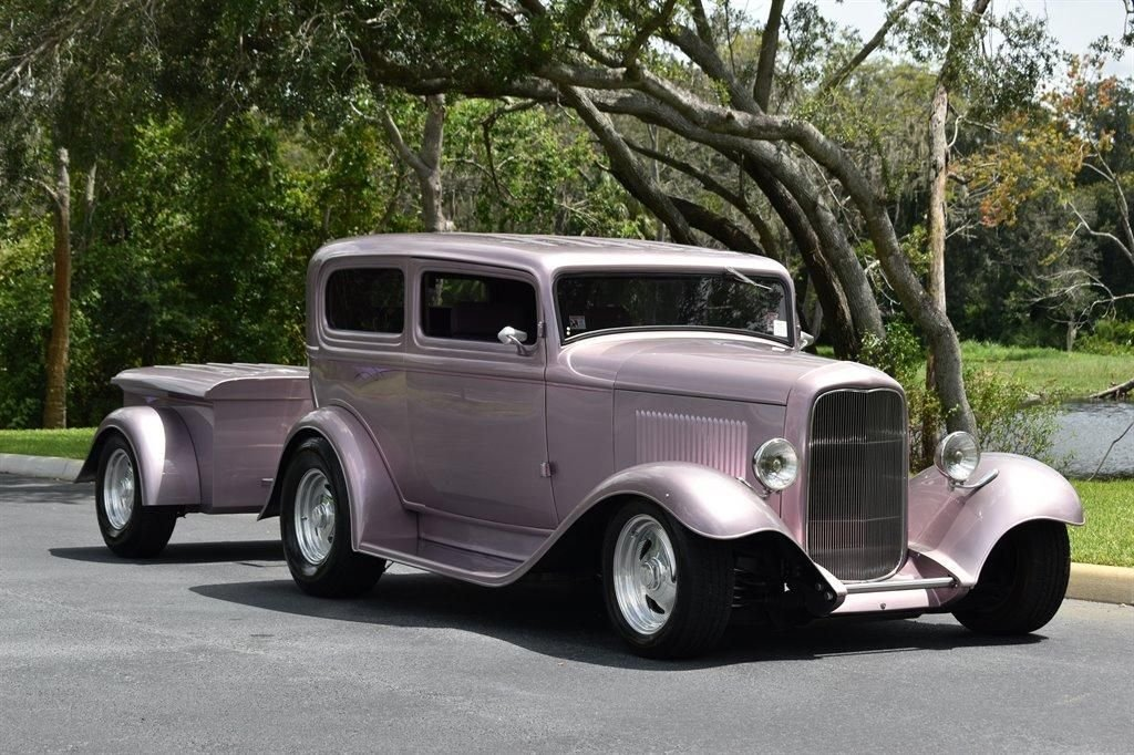 1932 ford custom sedan hotrod