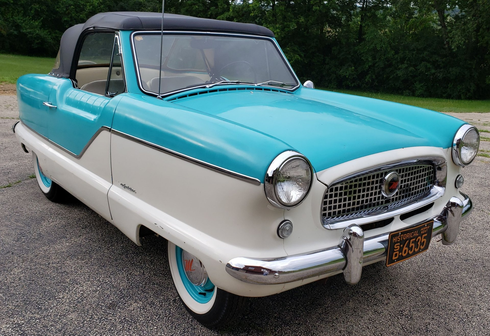 Auction 1960 Nash Metropolitan