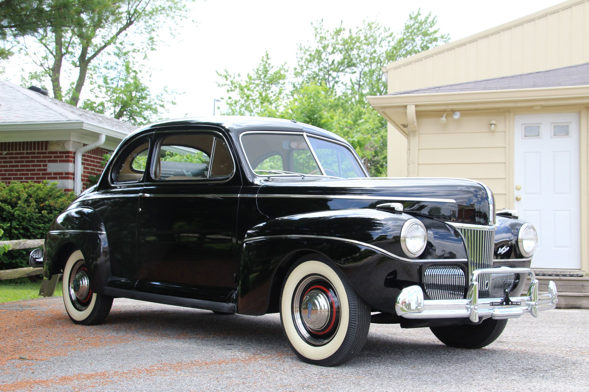 Auction 1941 Ford Super Deluxe