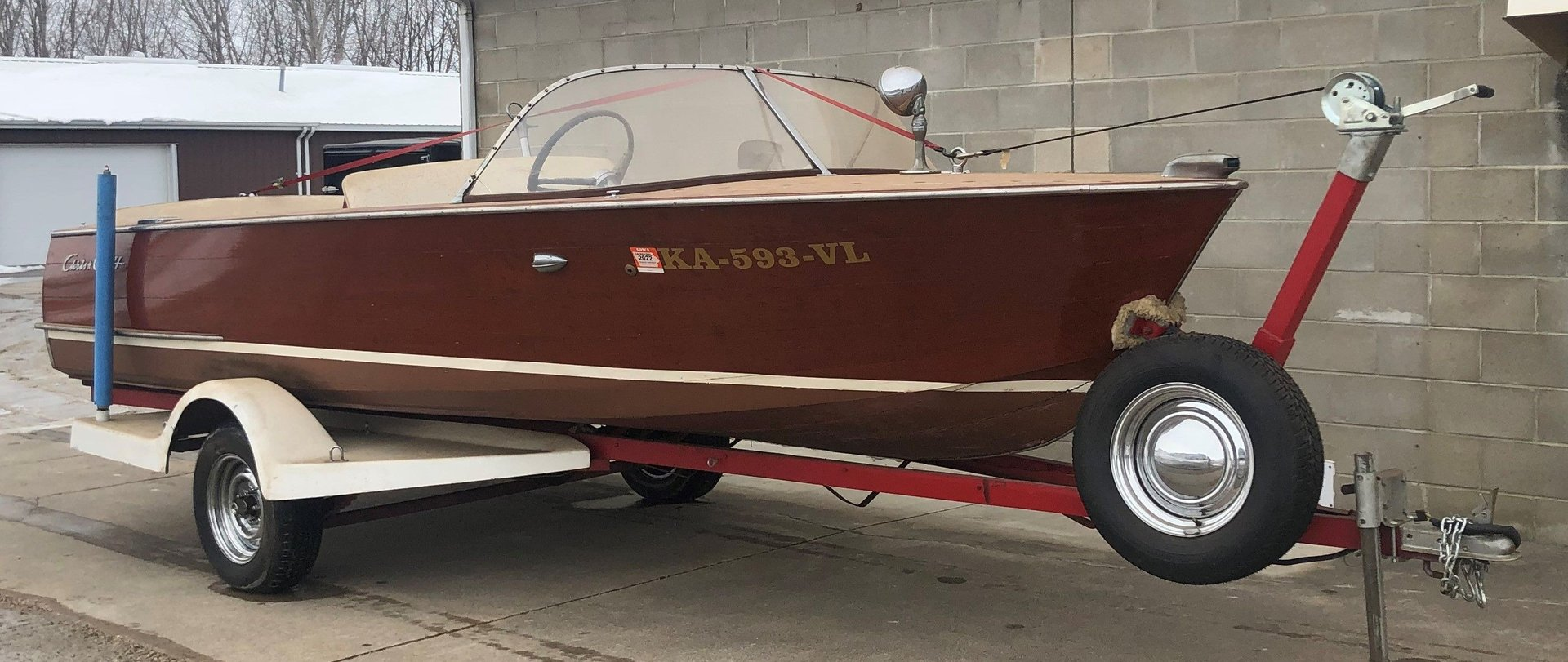 1959 chris craft wooden vessel