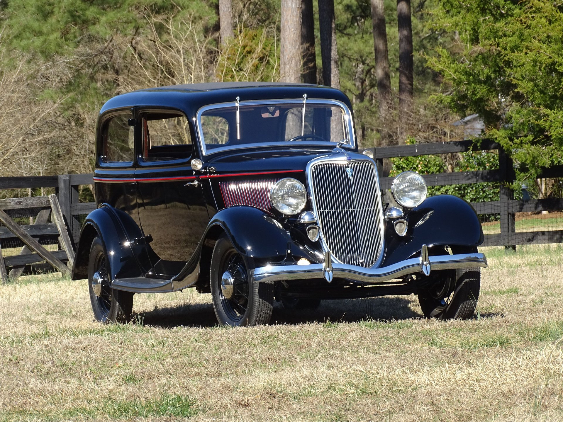 Auction 1934 Ford 2 Door Sedan