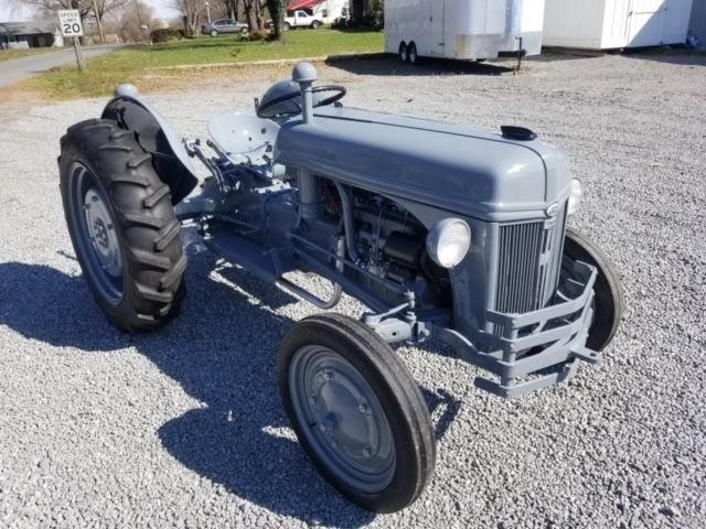 1947 ford tractor