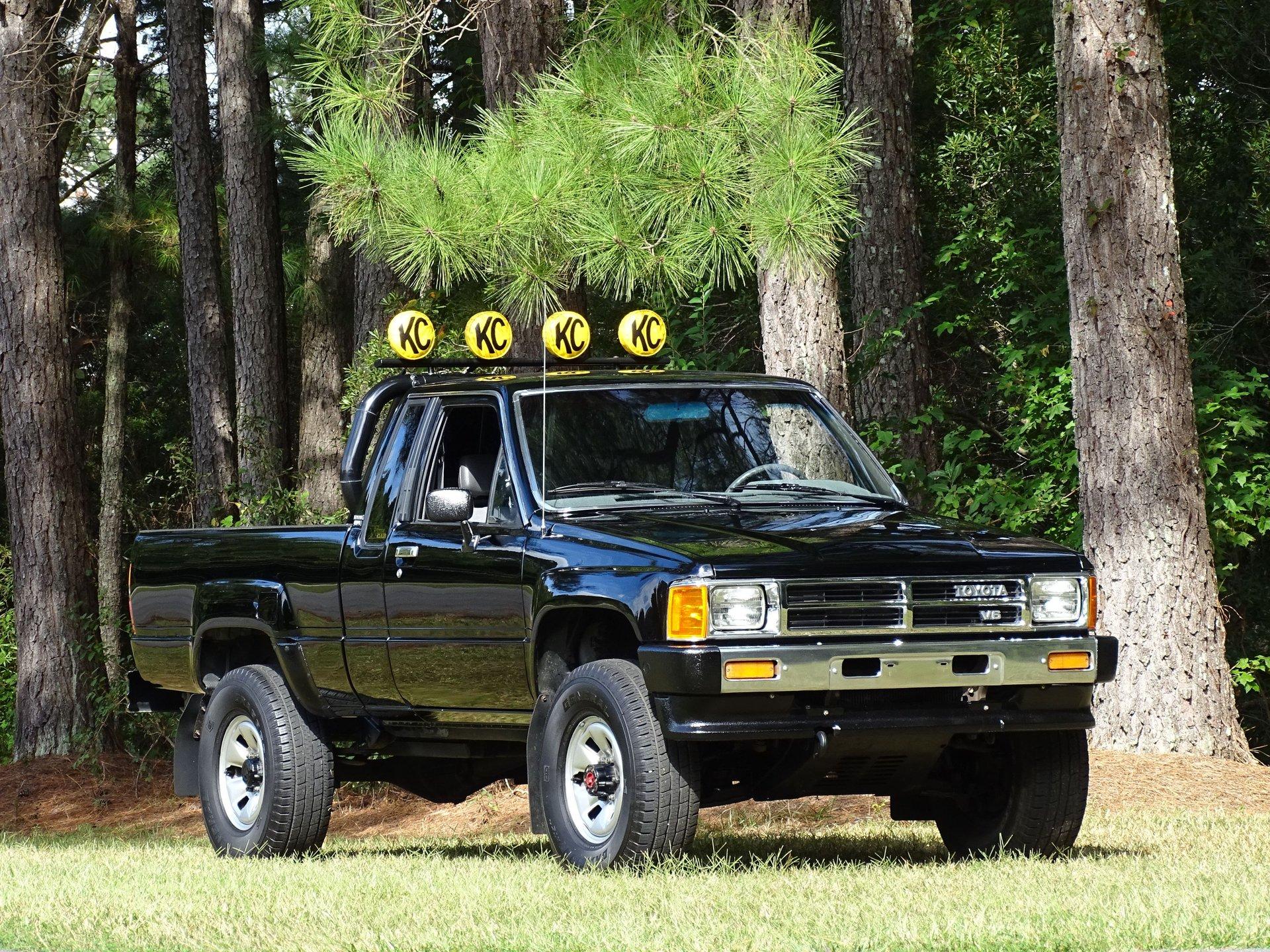 1988 toyota pick up