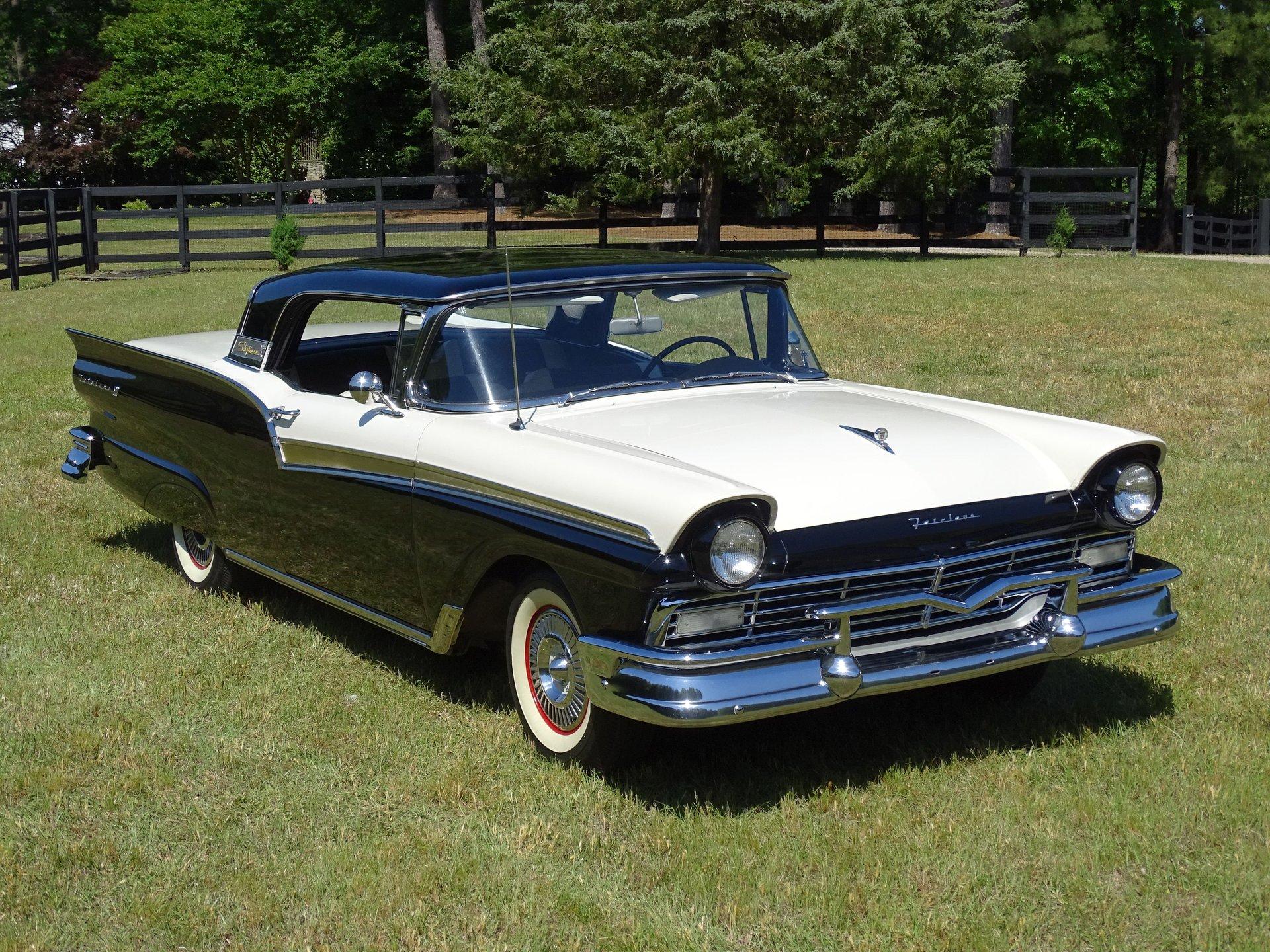 1957 ford fairlane retractable