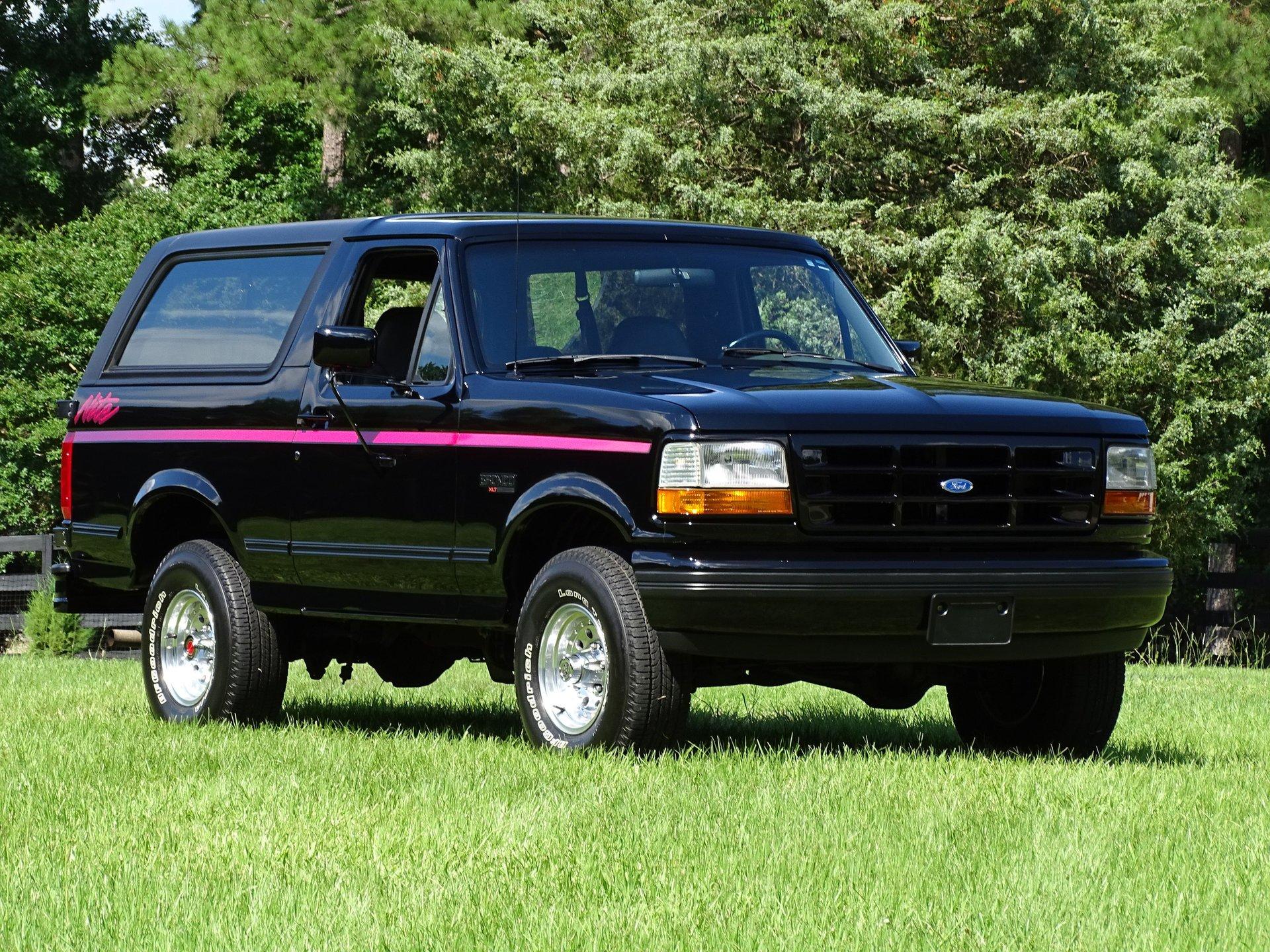 1992 ford bronco nite edition