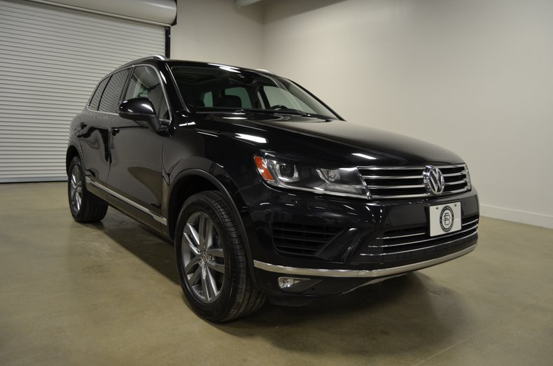 2015 Volkswagen Touareg For Sale