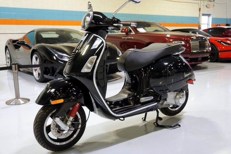 2008 Vespa GTS Super 300ie