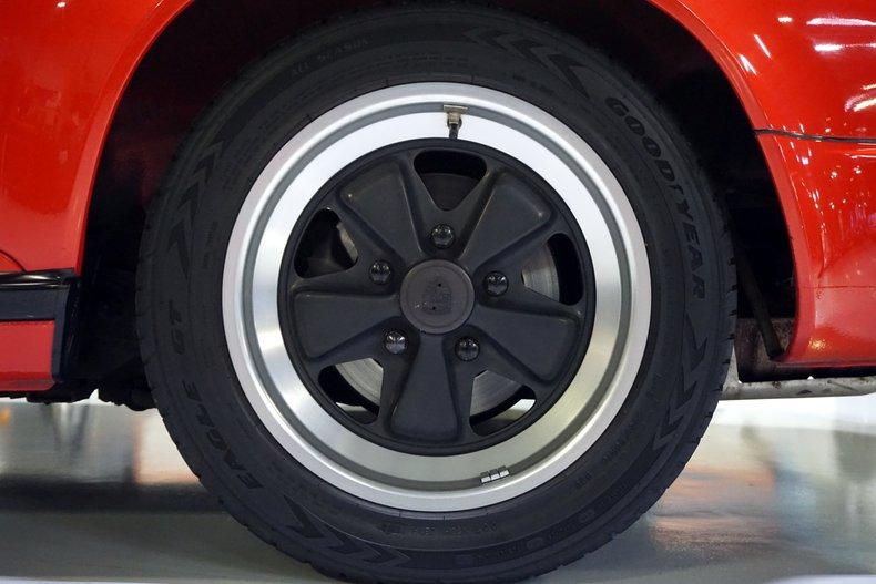 1988 Porsche Carrera