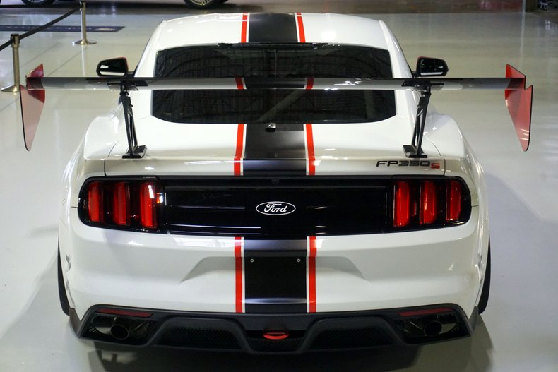 2017 Ford FP350S
