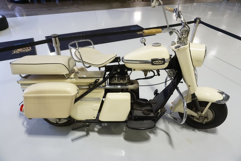 1962 Cushman Super Eagle