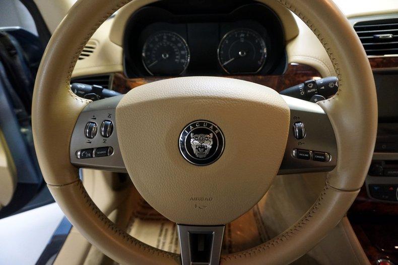 2007 Jaguar XKR