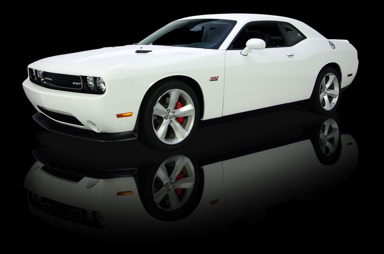 2011 dodge challenger kowalski edition srt 8