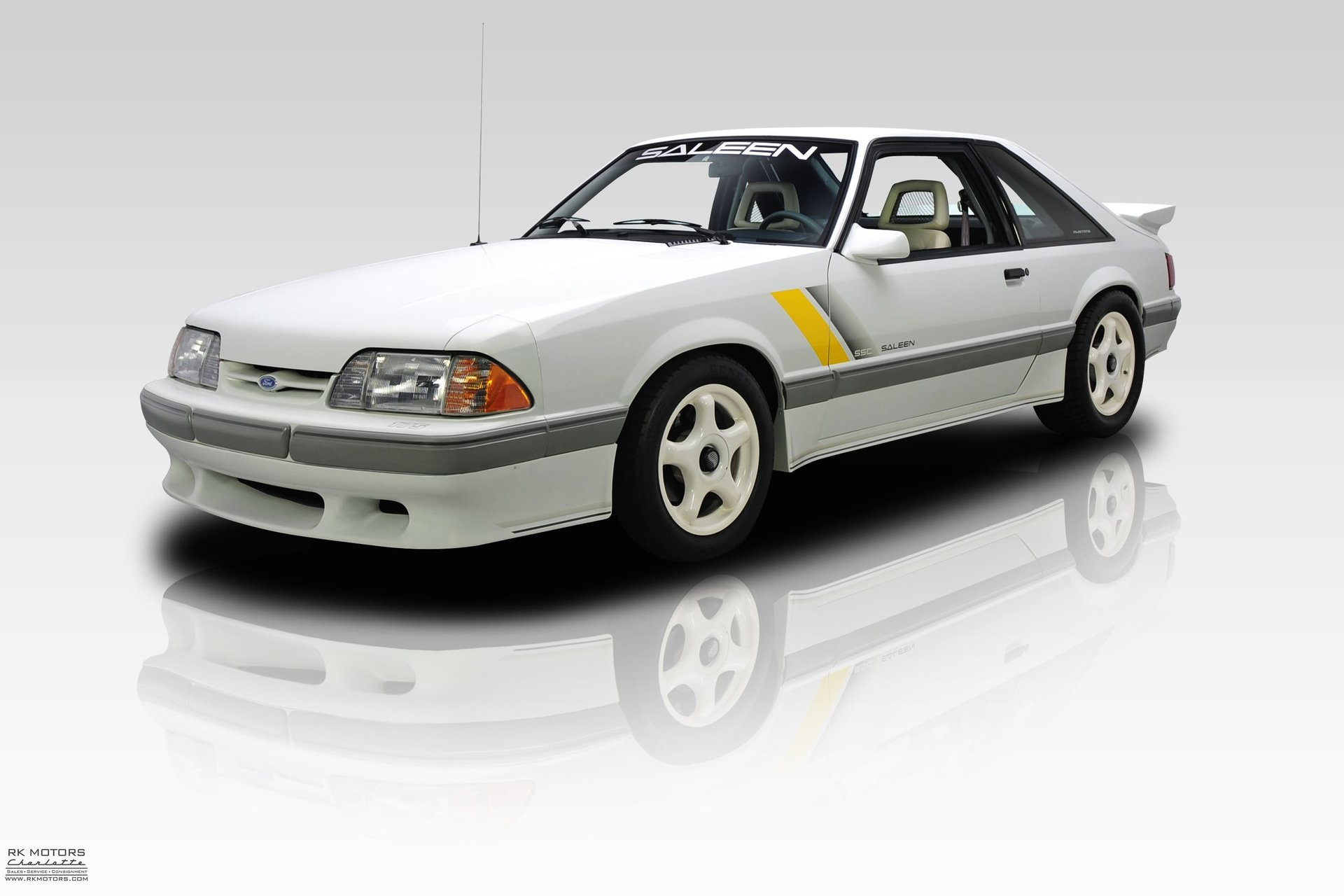 1989 ford mustang ssc
