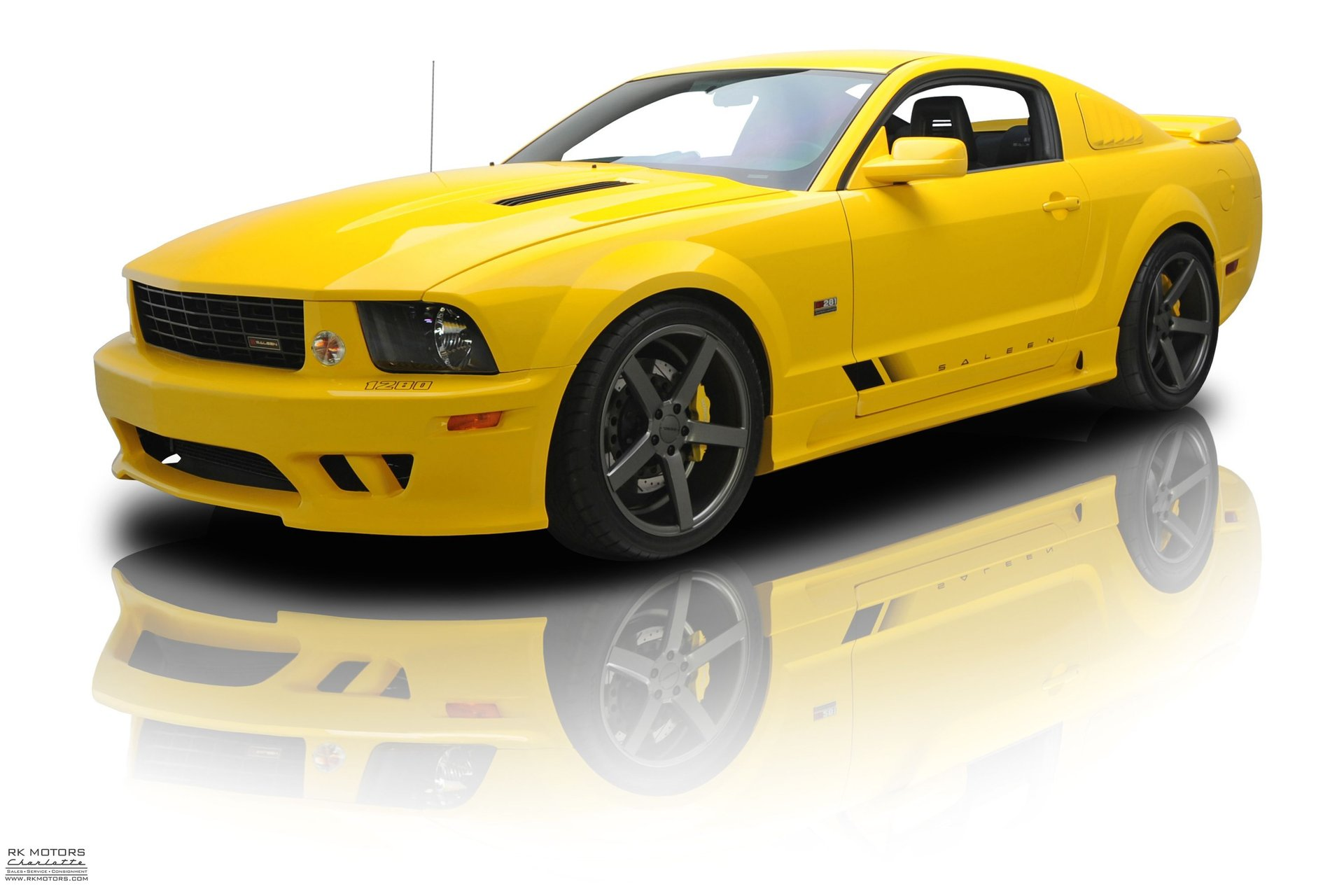 2005 ford mustang s281